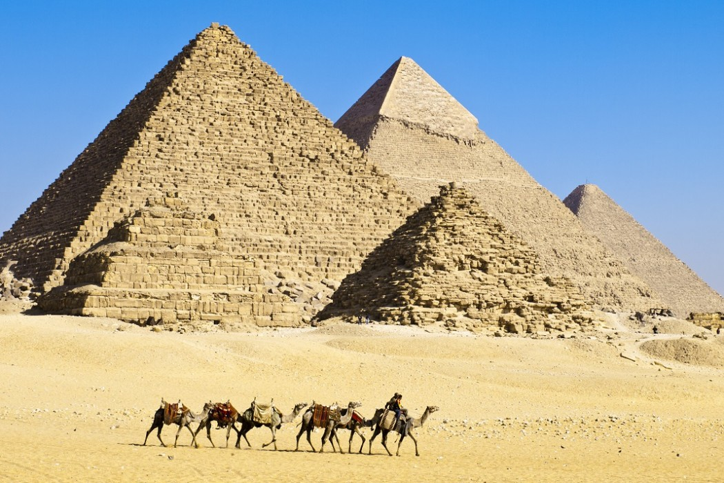 SCIENTISTS HAVE AN ANSWER TO HOW THE EGYPTIAN PYRAMIDS WERE BUILT