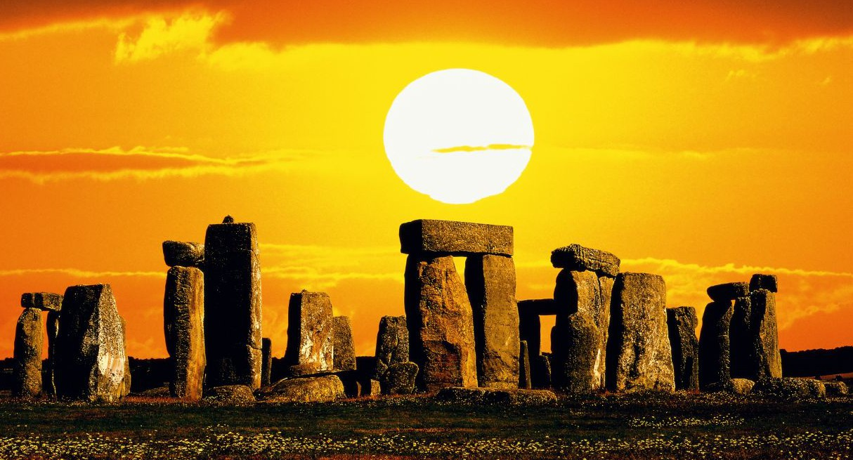 Stonehenge was actually a foundation for a temple, new theory suggests Read more: http://metro.co.uk/2015/03/16/stonehenge-was-actually-a-foundation-for-a-temple-new-theory-suggests-5105423/#ixzz43dh6sF1k